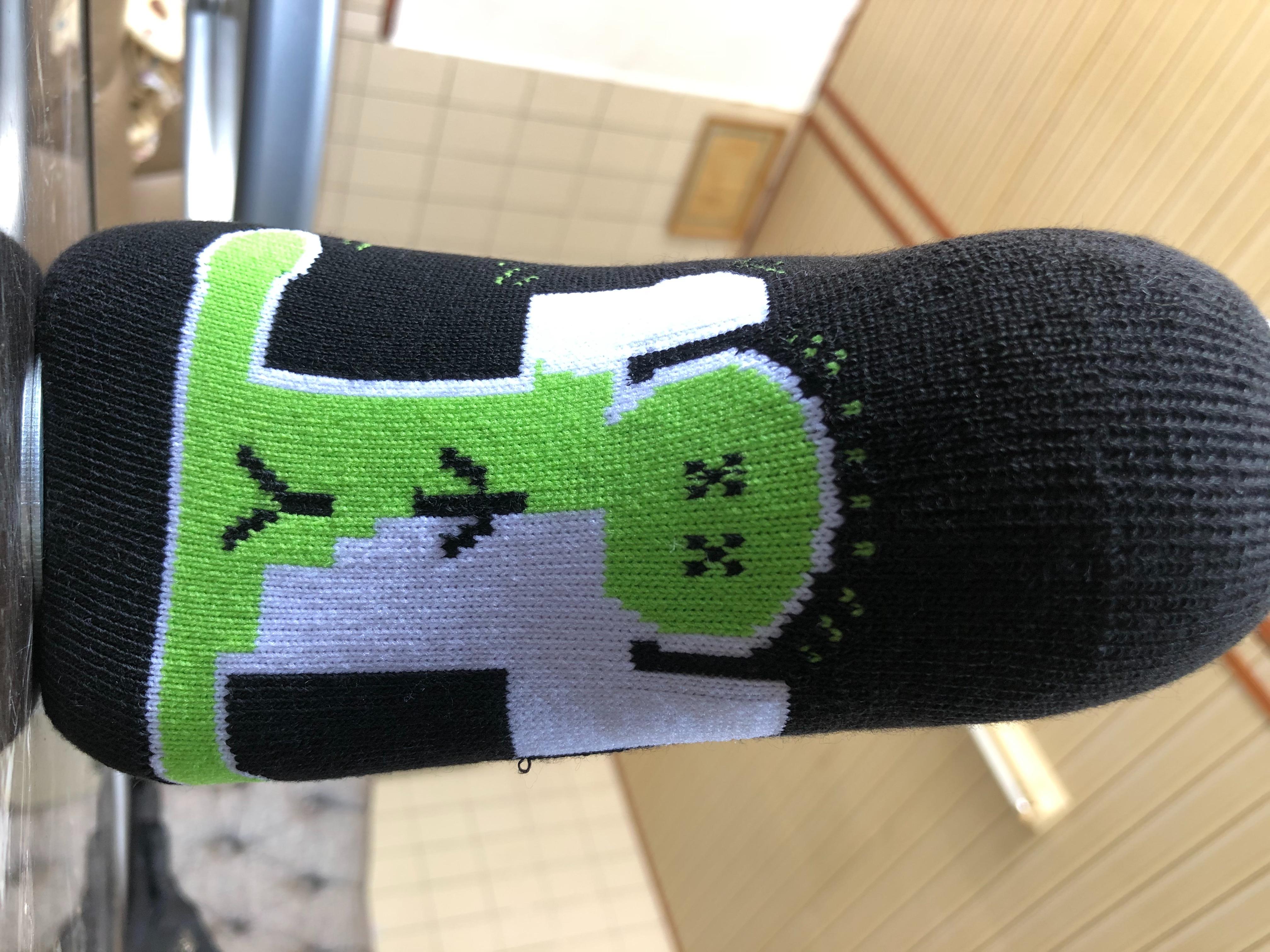時尚踩小人襪(厚底)40元